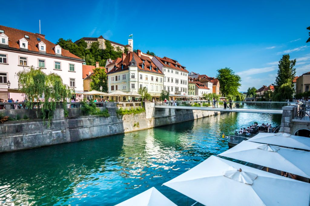 Ljubljana-riverbanks-castle-B.-Pogacnik-1024x683